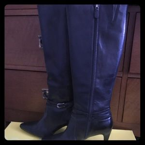 Circa Joan & David heeled leather boots
